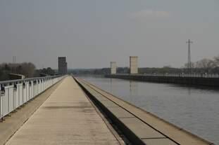Trogbrücke des Wasserstrassenkreuz am 26.03.12