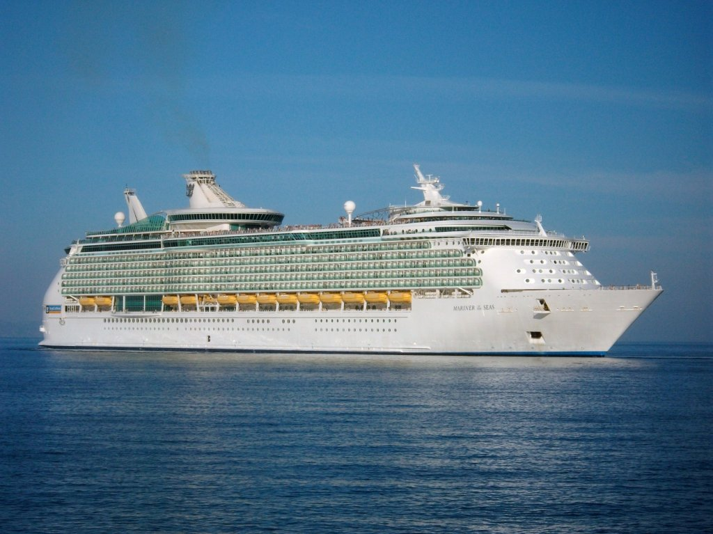 MS Mariner of the Seas auslaufend Rhodos am 21.10.11