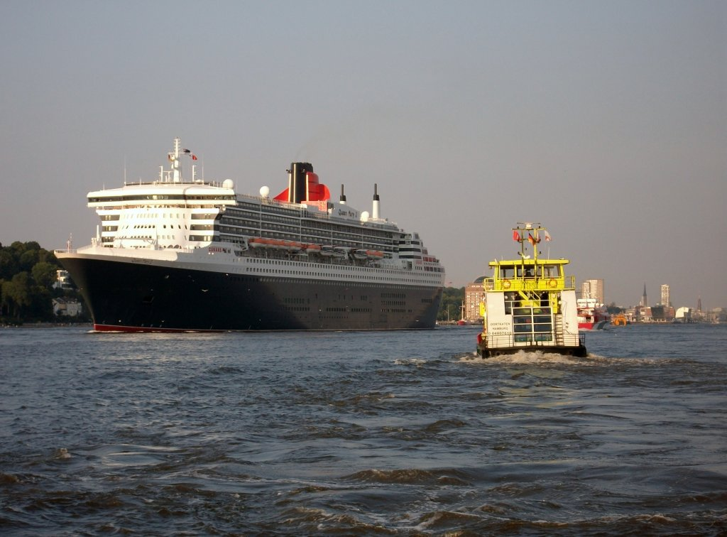 MS OORKATEN, MS QUEEN MARY 2 (HH, 25.07.12)