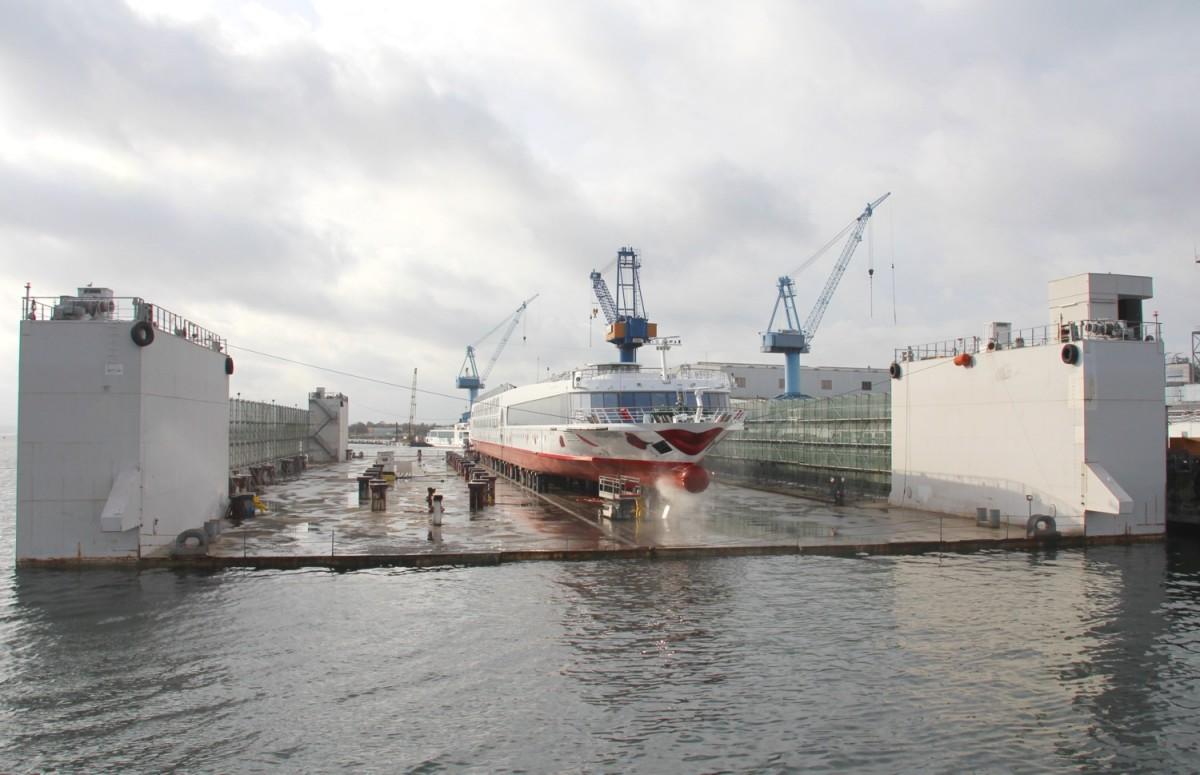ankunft warnemünde kreuzfahrtschiffe