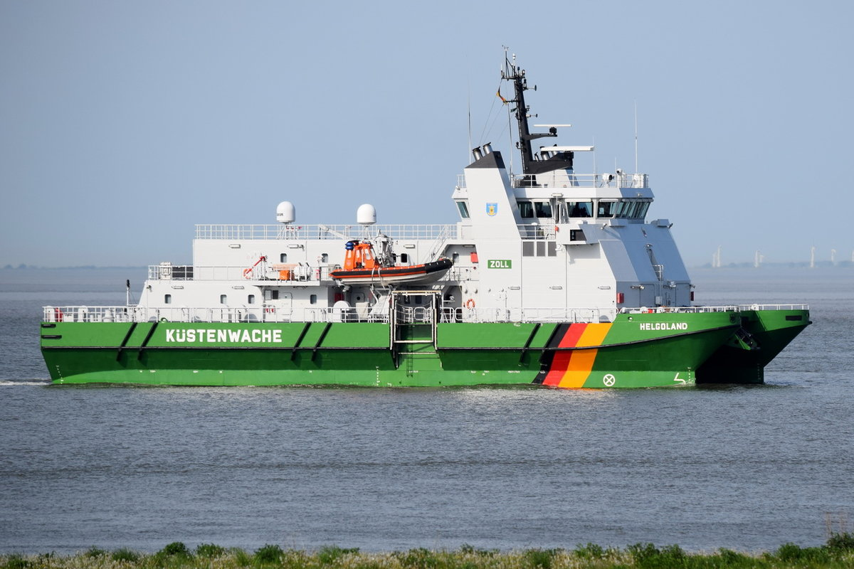 HELGOLAND , Zollboot , IMO 9500364 , Baujahr 2009 , 49.4 × 20m , 17.05.2017  Cuxhaven