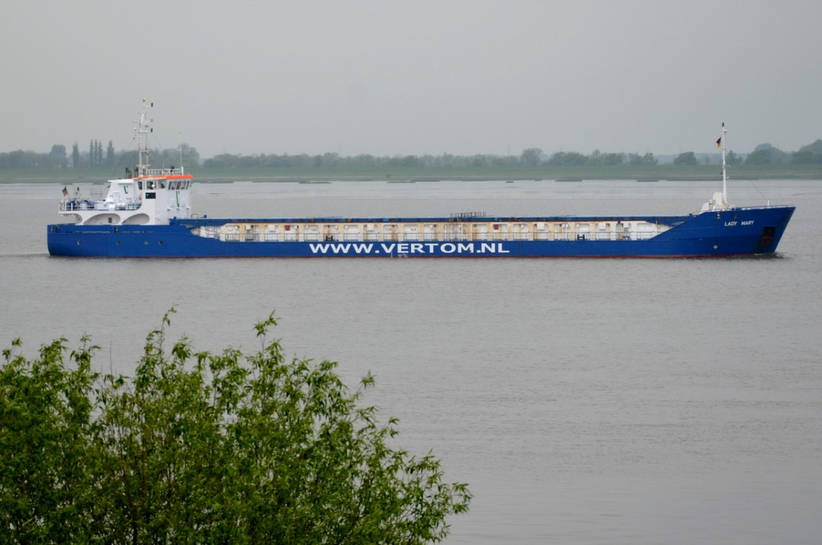 LADY MARY  Tankschiff   Lühe  08.05.2014