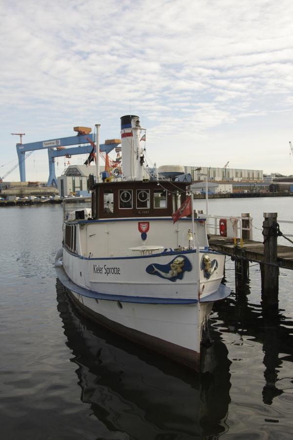 Museums Schiff Kieler Sprotte im Hafen Kiel am 10.2.2014