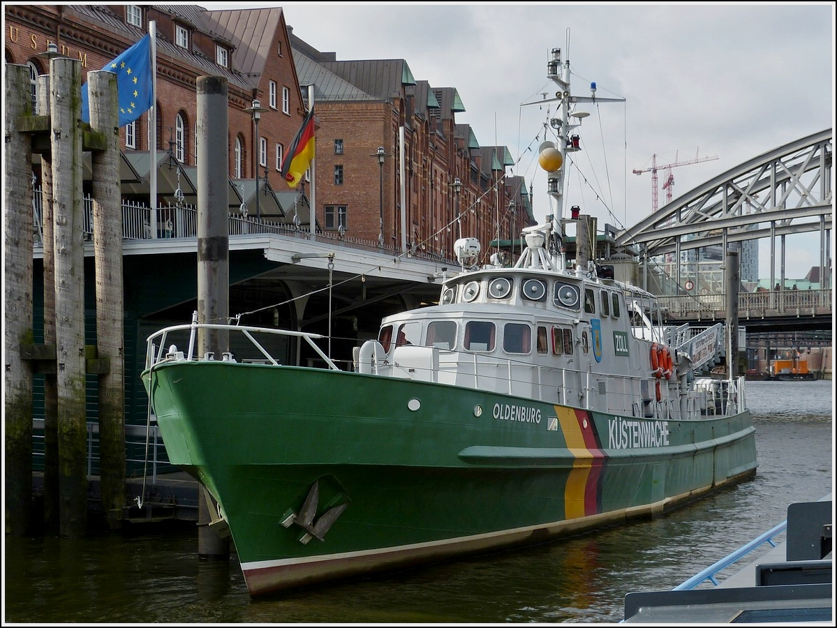 Zoll museumsboot oldenburg liegeplatz in der for Oldenburg m bel