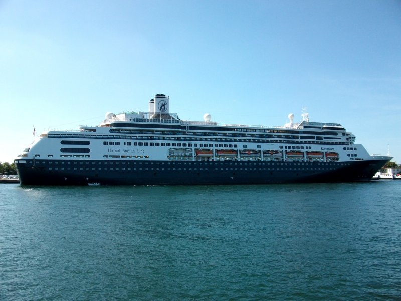 MV Rotterdam in Warnemünde (19.08.09)