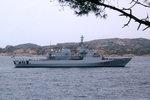 Patrouillenschiff  'Orione' (P410) der italienischen Marine kreuzt vor dem Hafen von Palau, Sardinien.  Gebaut wurde das Schiff auf der Fincantieri-Werft in Riva Trigoso. Stapellauf : 27.07.2002, Indienststellung: 01.08.2003. Heimathafen: Augusta/Siz ...