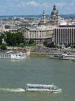 Legenda City Cruises  Duna Bella  auf der Donau in Budapest, 7.8.16