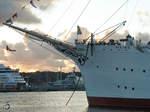 Das Hotel- und Segelschiff Viking im Hafen von Göteborg.