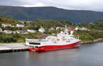 Der Versorger POLAR DUKE am 06.09.16 in Alesund (NOR)